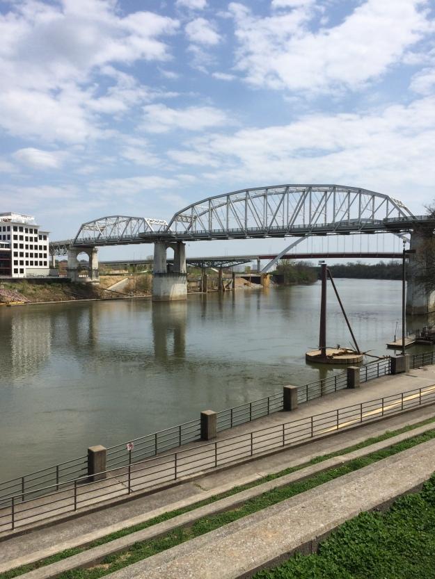 river in Nashville