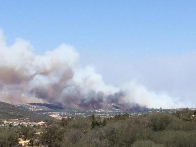 Carlsbad fire from Encinitas, Photo credit: Laura