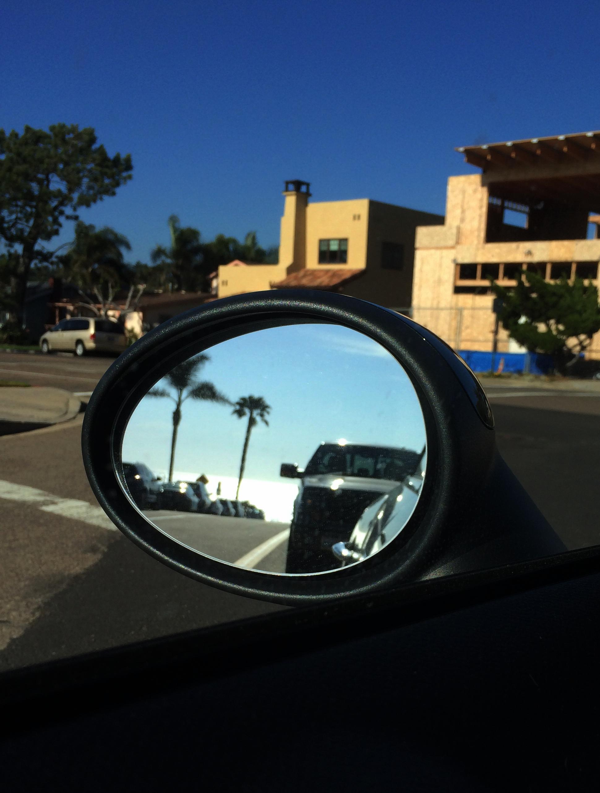 ocean in the mirror